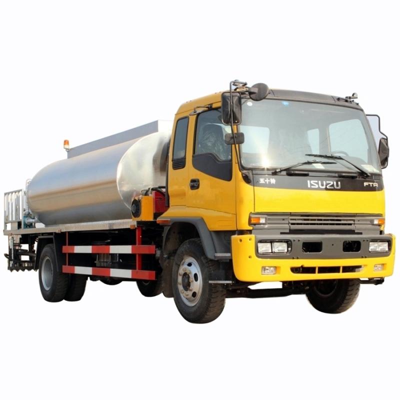 ISUZU FTR 12m3 bitumen distributor truck